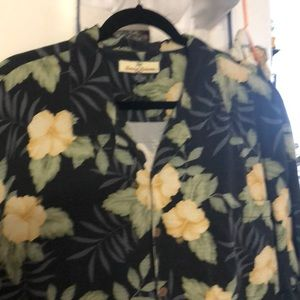 Other - MEMS TOMMY BAHAMA BUTTON DOWN SHIRT